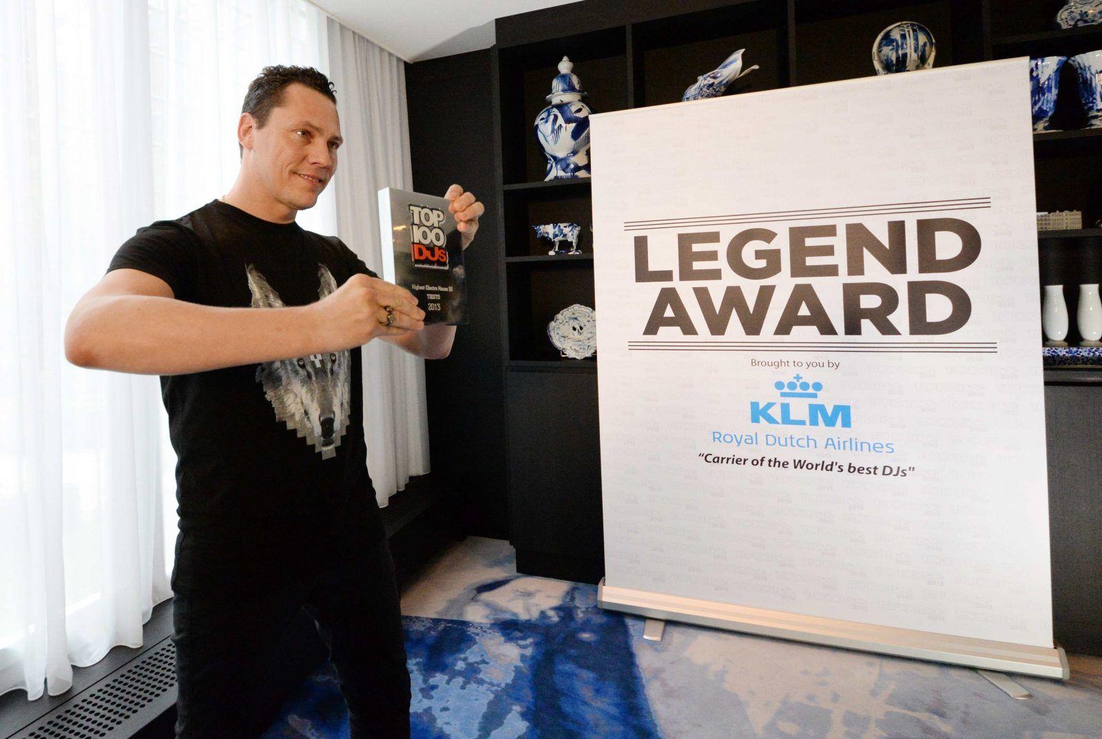 tiesto-klm-dj-legend-award.jpg